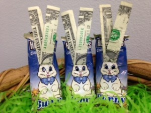 bethany-mo-easter-egg-hunt-dollar-bill-bunnies